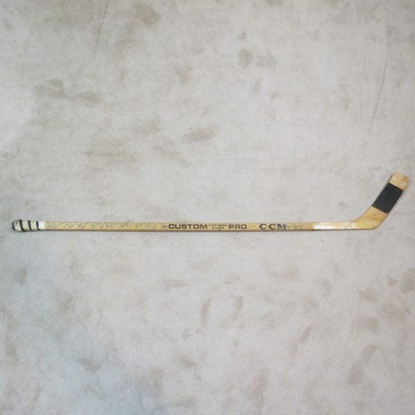 Darryl-Sittler-Toronto-Maple-Leafs-Rookie-Game-Used-Stick