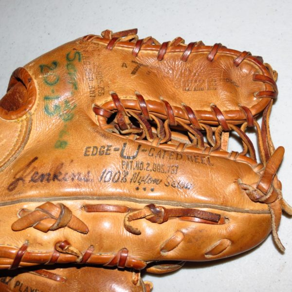 Fergie-Jenkins-Chicago-Cubs-1968-Game-Used-Glove