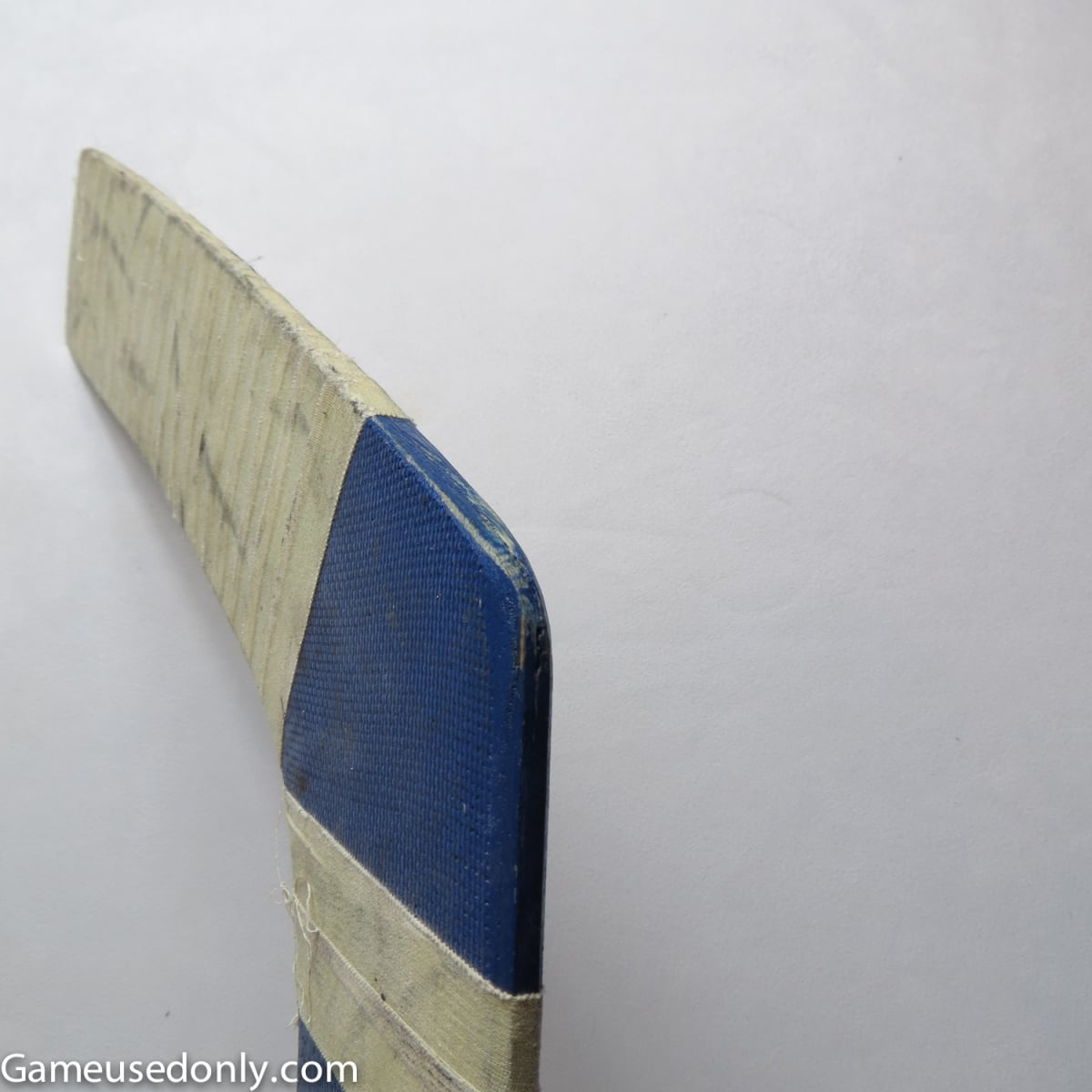 NHL-Goalie-stick-Rockies-1981