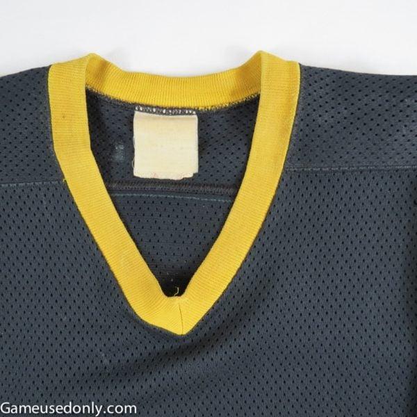 Ray_Bourque_Boston_Bruins_1980