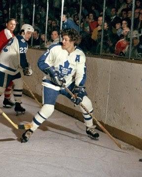 Darryl-Sittler-photo-Matched-Toronto-Maple-Leafs-1975