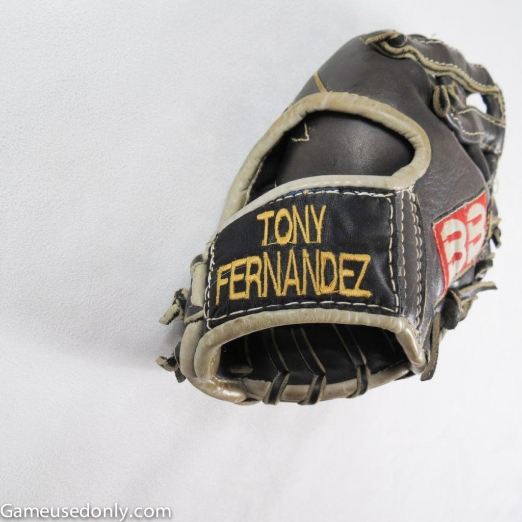 Tony_Fernandez_Toronto_Blue_Jays_Used_Glove
