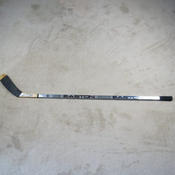 Wayne-Gretzky-Used-Aluminum-Stick-Los-Angeles-Kings
