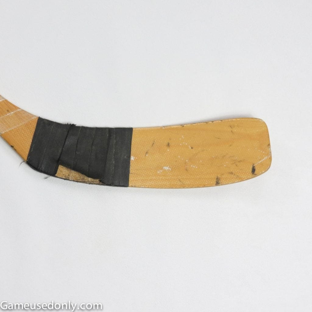 Wayne_Gretzky_Indianapolis_Racers_Game_Used_Stick_1979