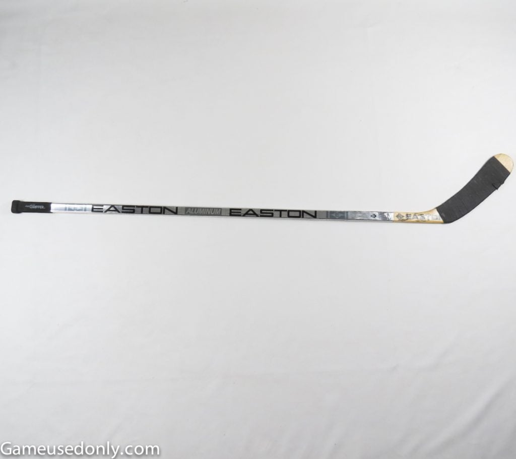 Wayne_Gretzky_St.Louis_Blues_Game_Used_Stick_Playoffs