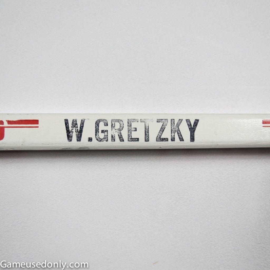Wayne_Gretzky_Used_Stick_Titan_1984_1985