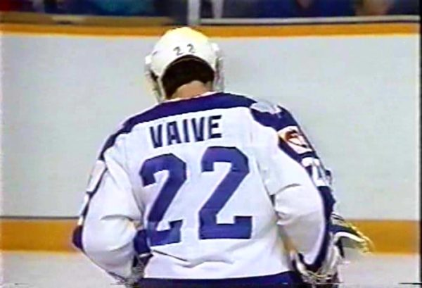 Rick-Vaive-Phpto-matched-Jersey-Toronto-Maple-Leafs-1