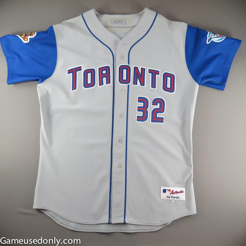 Roy-Halladay-Game-Used-Jersey-Toronto-Blue-Jays-2001-911
