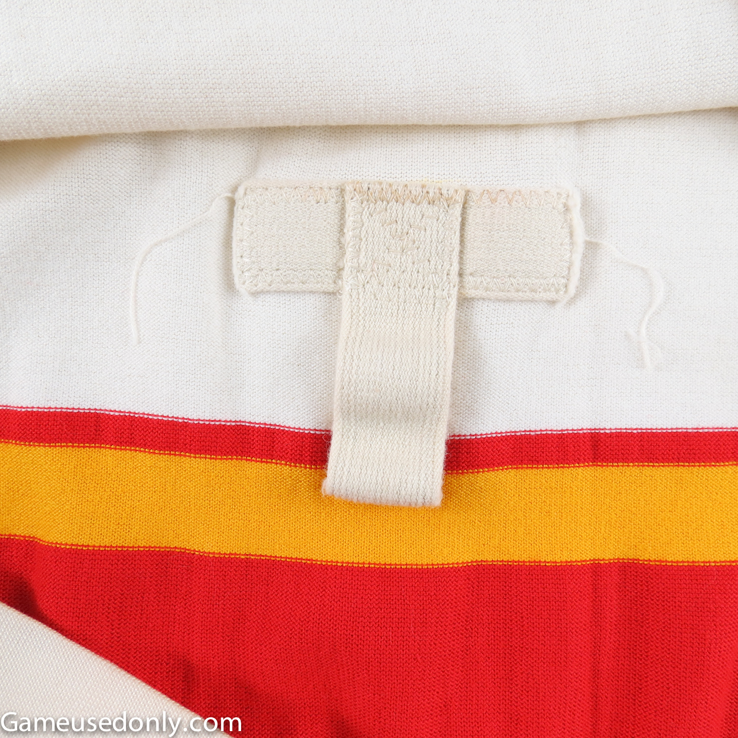 NHL-Durene-Defunct-Jersey-Fight-Strap-1974